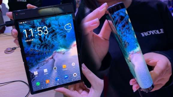 This Foldable Phone's Odd Yet Charming - Perfect For Tech People Who Love Weird And Pretty Phones