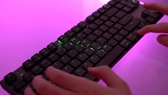 There's A Mechanical Wireless Keyboard For Mac Users, And It's Slim, Beautiful, And Functional