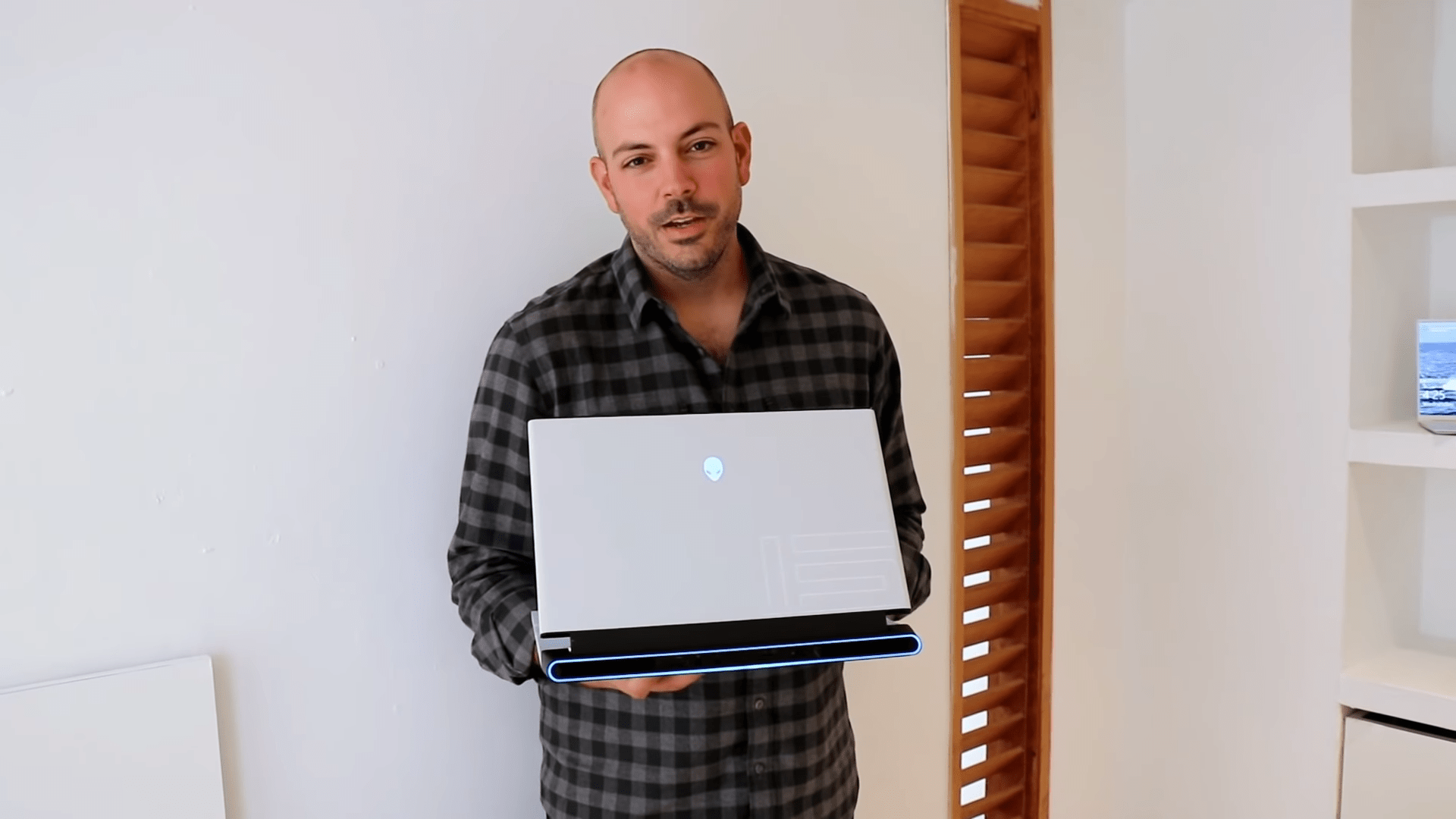 AMD Raids Dell AlienWare's Vice President And General Manager Frank Azor