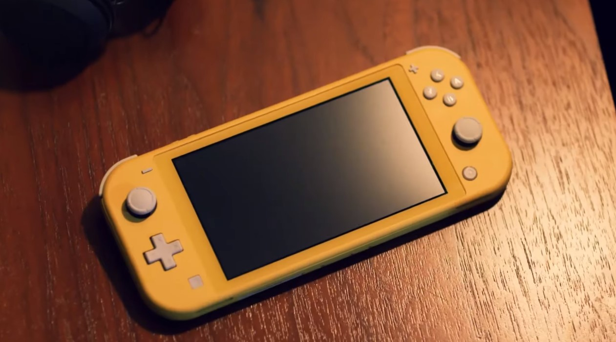 The Nintendo Switch Lite Is Definitely Cheaper Than Its Big Brother; But Is It A Good Idea To Switch?