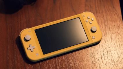 Nintendo Switch vs Nintendo Switch Lite: Comparing Nintendo's Favorite Consoles