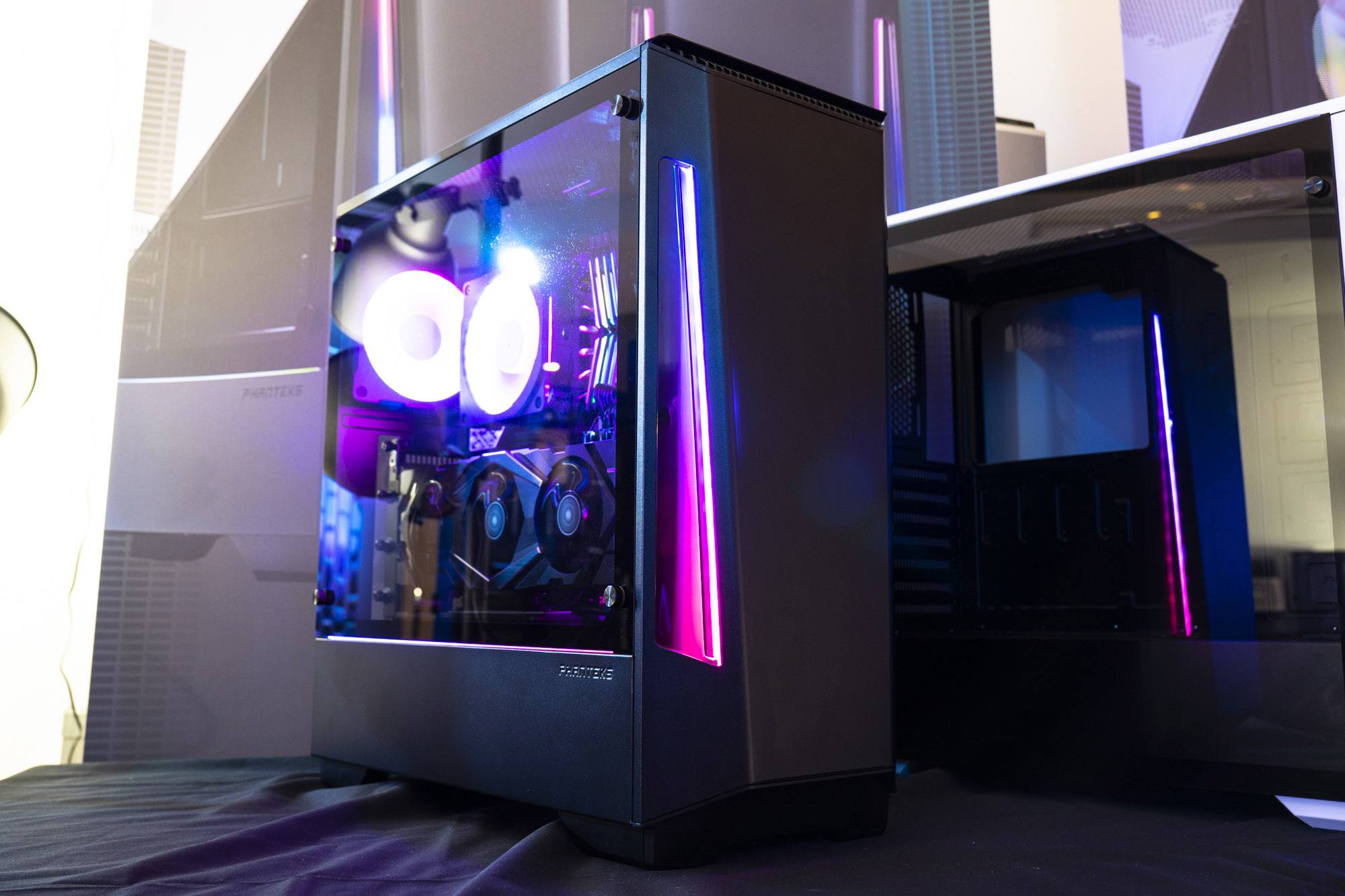 Phanteks Unleashes Three New Products: Eclipse P360X & Evolv Shift Air Chassis, And Neon Digital-RGB LED Kit