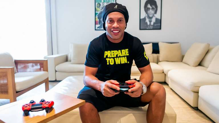 Former Midfield Maestro, Ronaldinho Is Launching His eSports Team, R10, In Conjunction With SCUF Gaming