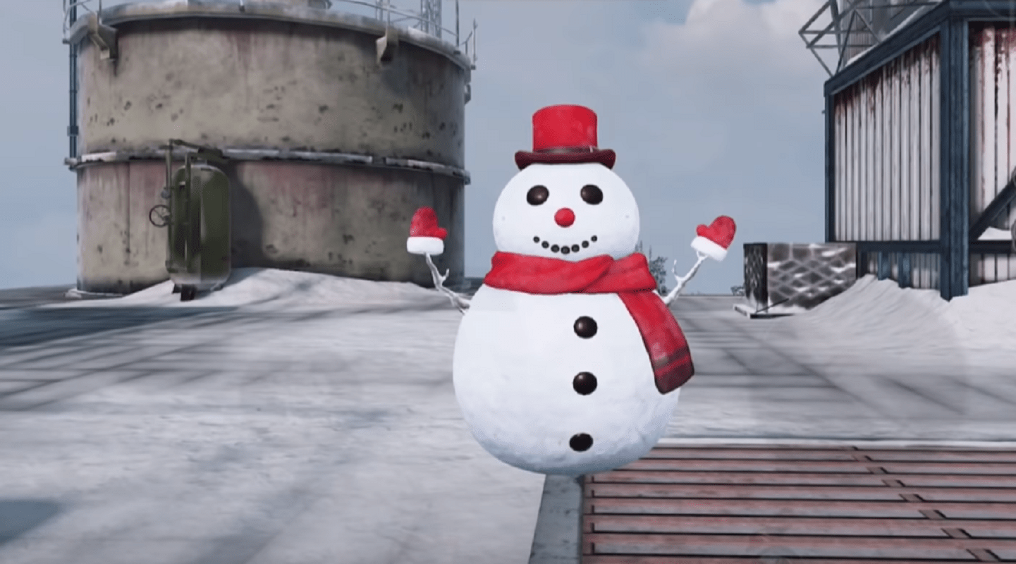 Watch A Call Of Duty: Mobile Gamer Get The Kill Of The Season By Transforming Into A Snowman And Ambushing An Enemy Player