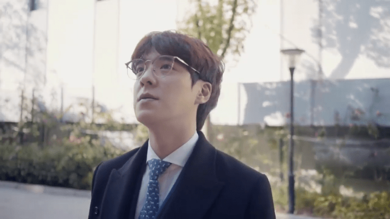 Vici Gaming Welcomes 'Kk0ma' As Head Coach And 'iBoy' As ADC For The 2020 LPL Season