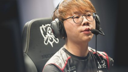 Pawn Is Back In On The Analyst Desk In League Champions Korea To Cast Matches After Long Hiatus
