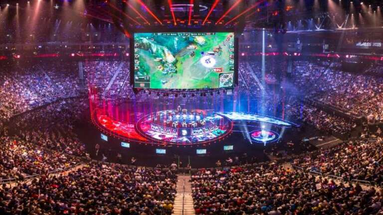League Of Legends World Championship 2020 Main Group Event Day Seven: Gen.G Versus Fnatic