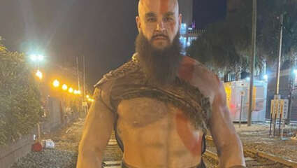 WWE's Braun Strowman Makes An Impressive Kratos From God Of War On Halloween 2020