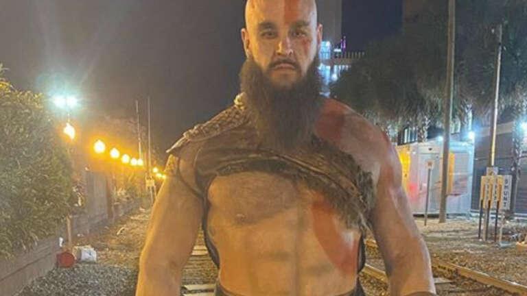 WWE's Braun Strowman Makes An Impressive Kratos From God Of War On Halloween 2020
