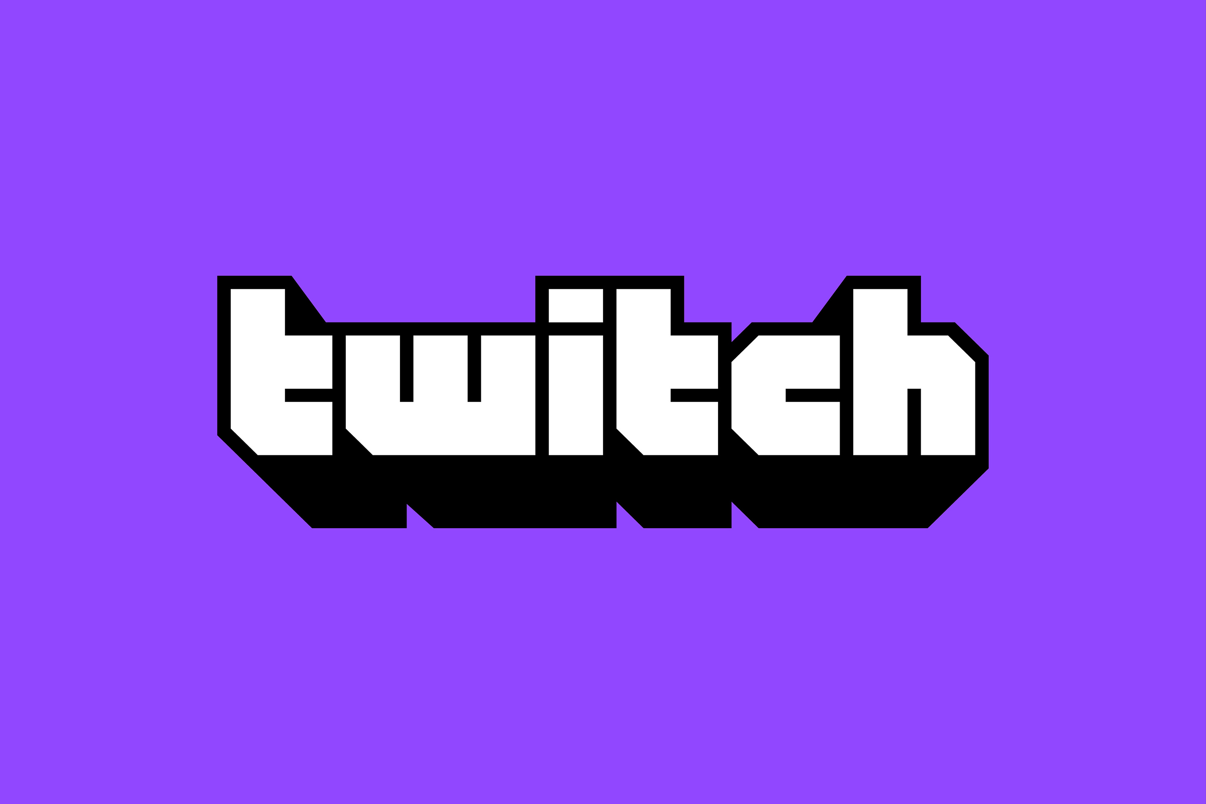 Amouranth And Indiefoxx Banned On Twitch At The Same Time